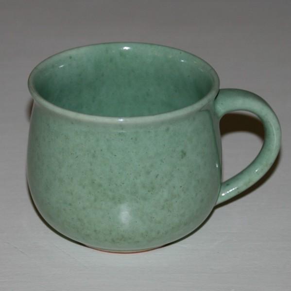 Tasse grün, bauchig