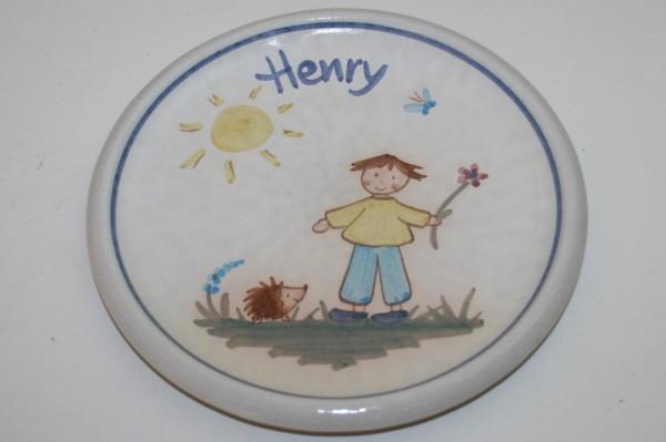 Kinderteller Junge mit Igel, mit Namen
