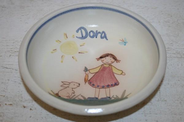 Kinderschale Mädchen mit Hase, mit Namen