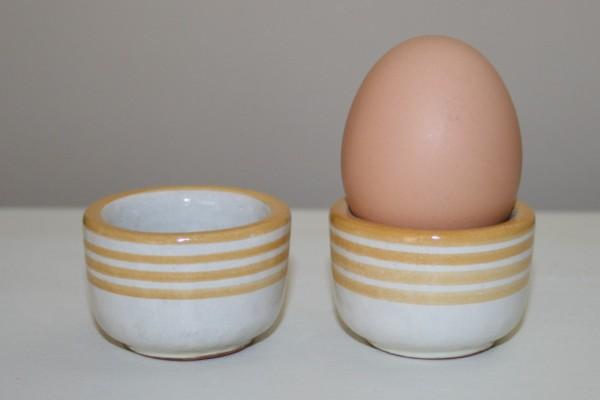 Eierbecher gelb Streifen, 2er Set